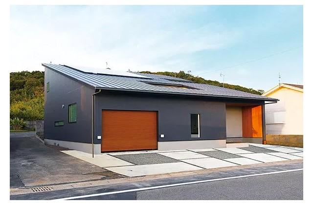 ベルハウジング 枕崎市園見本町にて「インナー車庫のあるコートハウス」の完成見学会