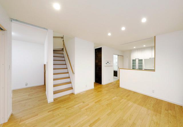 七呂建設 日置市伊集院町にて「外観も間取りもすっきりシンプル スタイリッシュに暮らせる30坪の家」の完成見学会