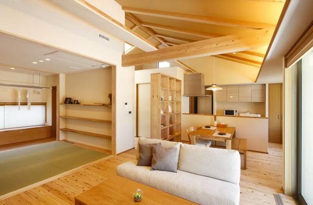 ヤマサハウス 南さつま市金峰町にて「勾配天井リビングとロフトのある平屋」の完成見学会
