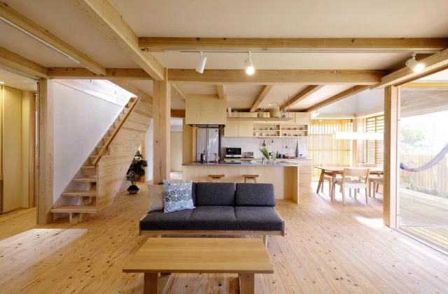 ヤマサハウス 姶良市平松にて「ガレージ付き玄関のある2階建ての家」の完成見学会