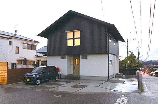 ベルハウジング 鹿児島市武岡にて「やさしい三角屋根の家」のお住い見学会