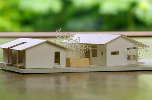 ベガハウス 鹿児島市下福元町にてショーホーム「渡り廊下でつながる二棟の平屋」の完成見学会