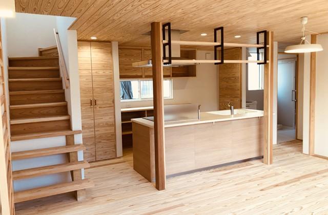 住まいず 霧島市隼人町にて「アイランドキッチンのある2階建て」の完成内覧会