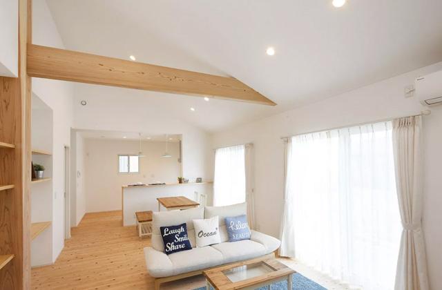 ヤマサハウス 鹿児島市喜入にて「太陽光発電搭載、勾配天井のある平屋の家」の完成見学会