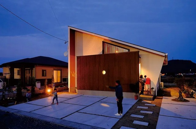 ベルハウジング 日置市伊集院町にて「庭の緑とお日様の光と解放感を満喫できる家」の暮らしの見学会