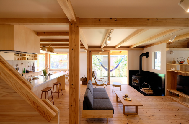 常設展示場「繋がる家」/上質でシンプルな木の家