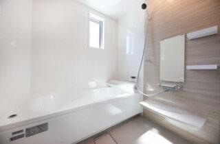 浴室 - 2階建てモデル「2人暮らしでもちょっぴり贅沢に暮らす家」(霧島市)