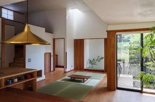 リビング・和室 - 「三つ屋根の家」(鹿児島市) - ベガハウスの建築事例