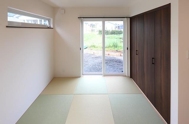 和室- 玄関〜収納〜ホールを行き来できる回遊性の高いナチュラルなお家 - 建築事例 - デザインカフェスタジオ