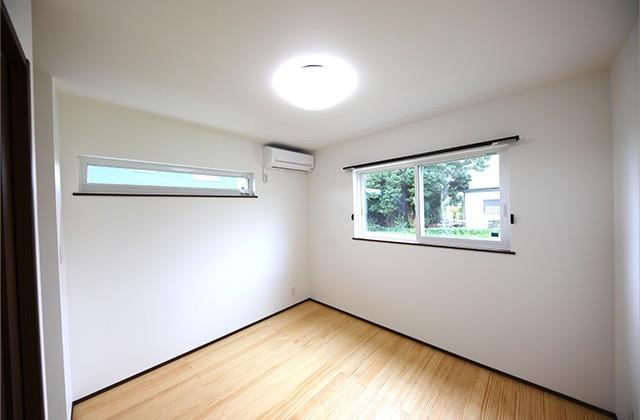 居室 - 玄関〜収納〜ホールを行き来できる回遊性の高いナチュラルなお家 - 建築事例 - デザインカフェスタジオ