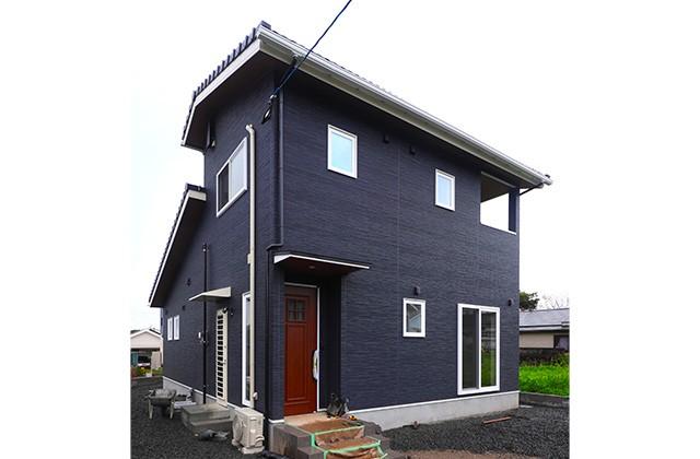 外観- 玄関〜収納〜ホールを行き来できる回遊性の高いナチュラルなお家 - 建築事例 - デザインカフェスタジオ