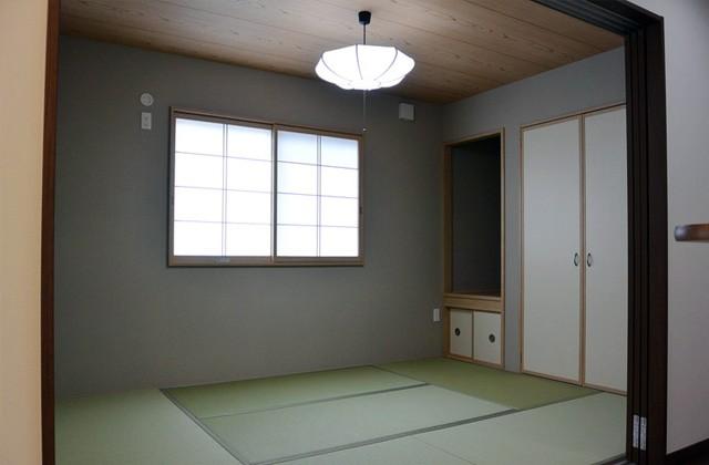 アイフルホーム - 仏間を設けた6帖の和室はお客様をお出迎えするくつろぎの空間