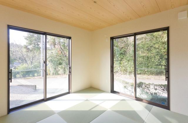 アイフルホーム 玄関すぐの和室は客間としても利用できる独立型