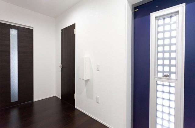 アイフルホーム 玄関ドア