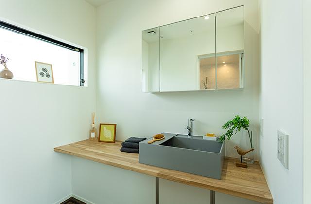 洗面スペース - アイフルホーム 売却型モデルハウス「繋がるすまい」 (鹿屋市寿3丁目)