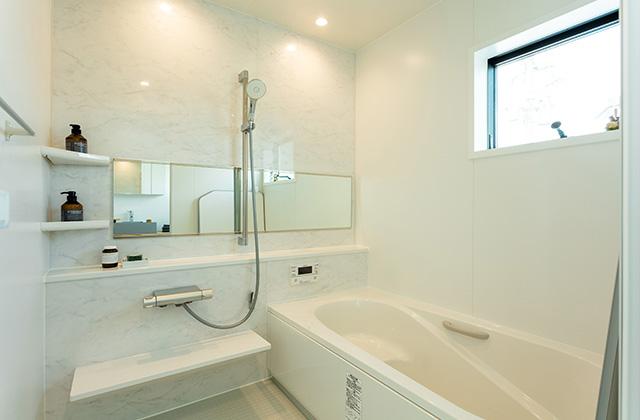 バスルーム - アイフルホーム 売却型モデルハウス「繋がるすまい」 (鹿屋市寿3丁目)