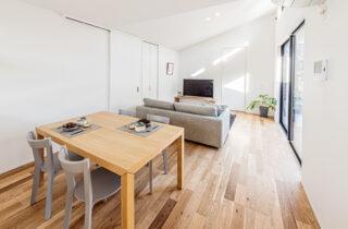 シンプルで心地よい「吹抜のあるコンパクトな平屋」 - 建築事例 - アイフルホーム