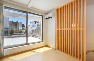 夫婦の夢をかなえてくれた店舗付きコンパクトハウス「25坪の敷地を最大限に活かした4階建て」