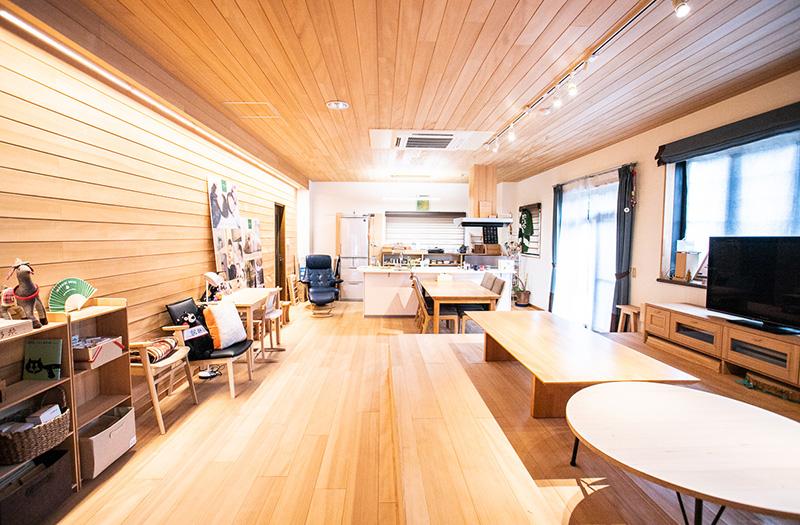 もみの木ハウスかごしまの事務所へ。展示ルームではもみの木の良さを体感できます。