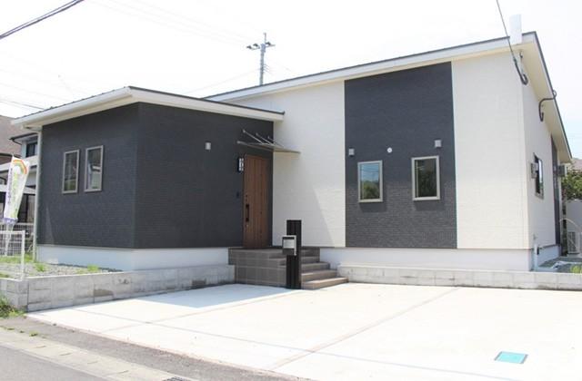 かえるホーム 建築実例 明瞭な価格で安心して手に入れた暮らしやすい平屋