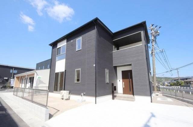 かえるホーム 加治木木田A 5LDK 2階建て 建売モデルハウス (姶良市)
