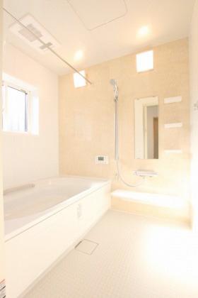 国分ハウジング 建築事例 浴室