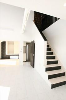国分ハウジング 建築事例 リビング階段