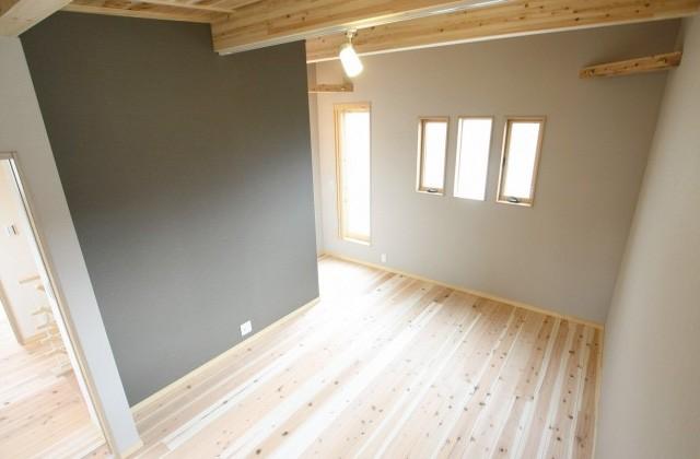国分ハウジング 建築事例 無垢床の部屋