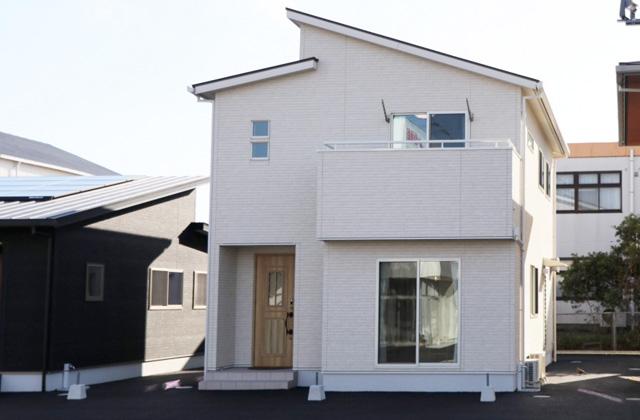 国分ハウジング 鹿児島展示場B棟「白を基調としたナチュラルテイストのカジュアルな2階建て」(鹿児島市)