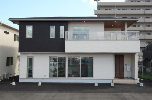 国分ハウジング 鹿児島展示場C棟「完全注文住宅 妥協したくないこだわり満載な2階建て」(鹿児島市)