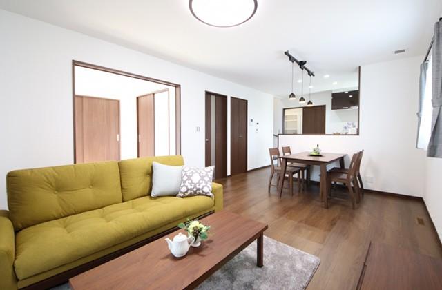 国分ハウジング 東餅田モデルハウス「ZEH仕様の高性能スマートハウス」(姶良市)