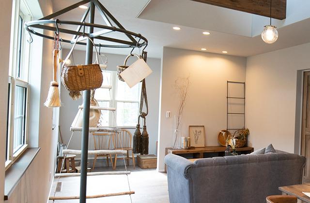 姶良モデルハウス【LATTE ラッテ】「大好きな色のタイルとかわいい照明のお家」(姶良市)