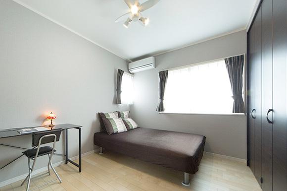 寝室 - 子育て・家事ラクな家づくりの間取りプラン - 建築事例 - レオハウス