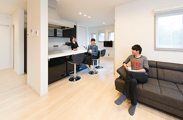 スキップフロア+平屋で2階建感覚で暮らせるアイデアプランの平屋 - 建築事例 - ヤマダレオハウス