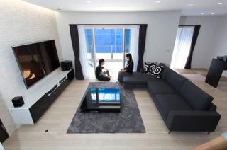 リビング - 趣味のDJを楽しむ遮音性が高いおしゃれなLDKのある家 - 建築事例 - ヤマダレオハウス
