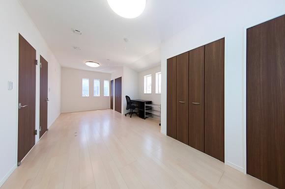 子供室 - 趣味のDJを楽しむ遮音性が高いおしゃれなLDKのある家 - 建築事例 - ヤマダレオハウス