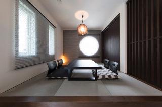 和室 - 心地よい吹き抜けがある洗練されたホテルライクな家 - 建築事例 - ヤマダレオハウス