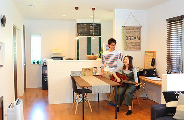 大好きなインテリアに囲まれながら暮らす標準仕様なのに高性能で快適な家 - 建築事例 - レオハウス