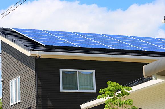 太陽光発電 - 大好きなインテリアに囲まれながら暮らす標準仕様なのに高性能で快適な家 - 建築事例 - レオハウス