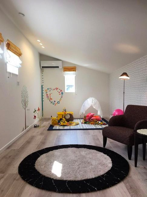 小屋裏 - 平松街角モデルハウス「明るい南リビングのモダンテイストな平屋」 (姶良市)