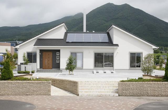 平屋 - レオハウス鹿屋住宅展示場 2階建てモデルハウス (大浦町)