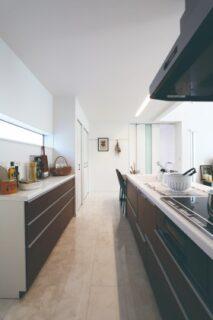 キッチン エクセレント中山モデル 2階建て