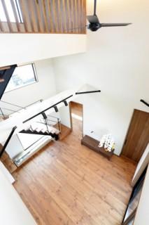 高い天井と吹抜け - 万代ホーム
