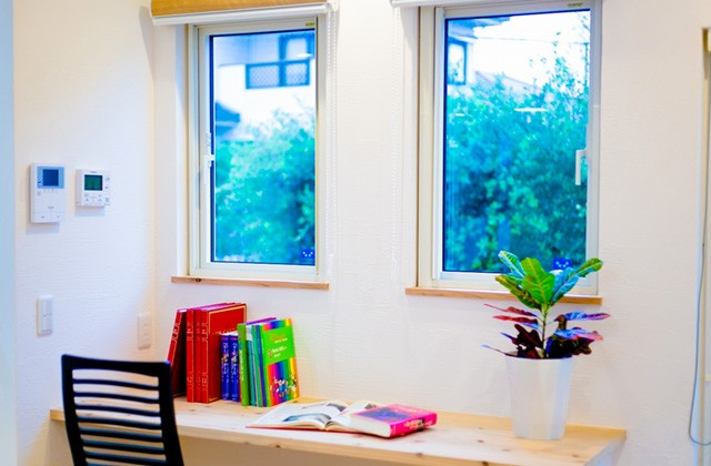 読書スペース - 丸和建設 建築事例