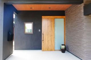 玄関アプローチ - 丸和建設 建築事例