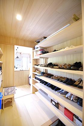 靴箱 ST様邸   建築実例   鹿児島の建築設計事務所 建築工房惠