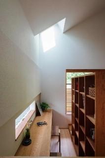 スタディコーナー - 「緑の壁を望む家」(鹿児島市) - ベガハウスの建築事例