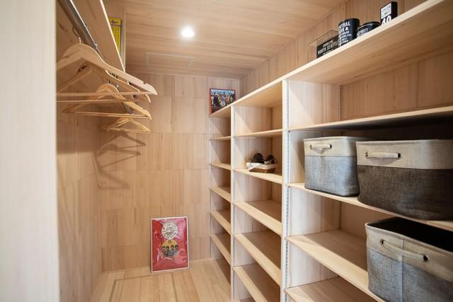 ウォークインクローゼット - 姶良市モデルハウス もみの木ハウスのモデルL