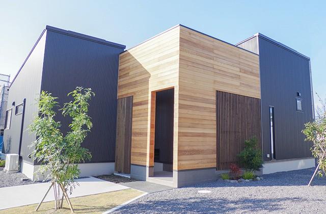 トータルハウジング 新川モデルハウス「光でもてなすライトコートのある平屋」(鹿屋市)