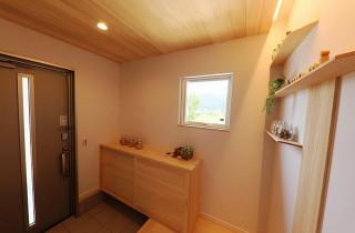 玄関 - もみの木ハウス・かごしま 建築事例